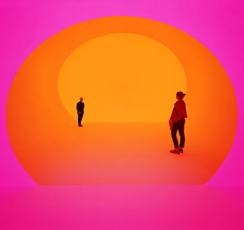 Captivating color at James Turrell LasVegas instalacion installation luz lighthellip