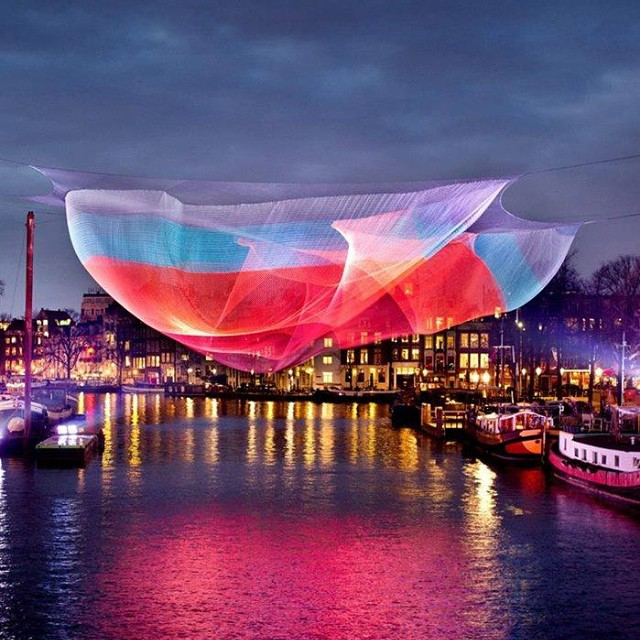Moving Sculpture by Janet Echelman #arte #art #artecontemporaneo #contemporaryart #escultura #sculpture #instalación #installation #exposición #exhibition #museo #museum #JanetEchelman