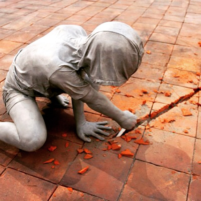 Attaboys by Gregor Gaida #escultura #sculpture #arte #art #artecontemporáneo #contemporaryart #exposición #exhibicion #museo #museum #galeriadearte #artgallery #artist #artista #Installation #inslalación #Attaboys #GregorGaida