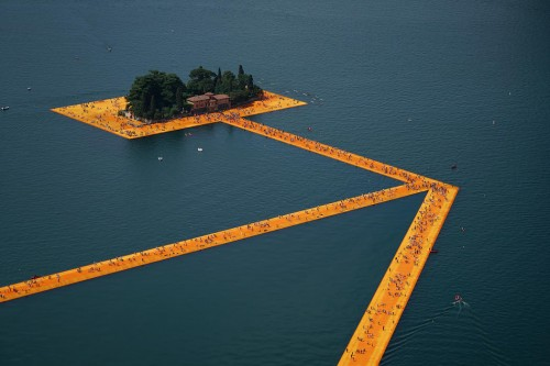 The Floating Piers Christo y Jeanne-Claude